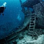 沈船の梯子